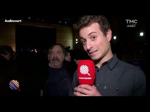 Un homme en colère agresse Hugo Clément en plein direct ! Quotidien du 07 Décembre
