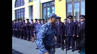 В Томске полицейский сделал предложение руки и сердца своей девушке