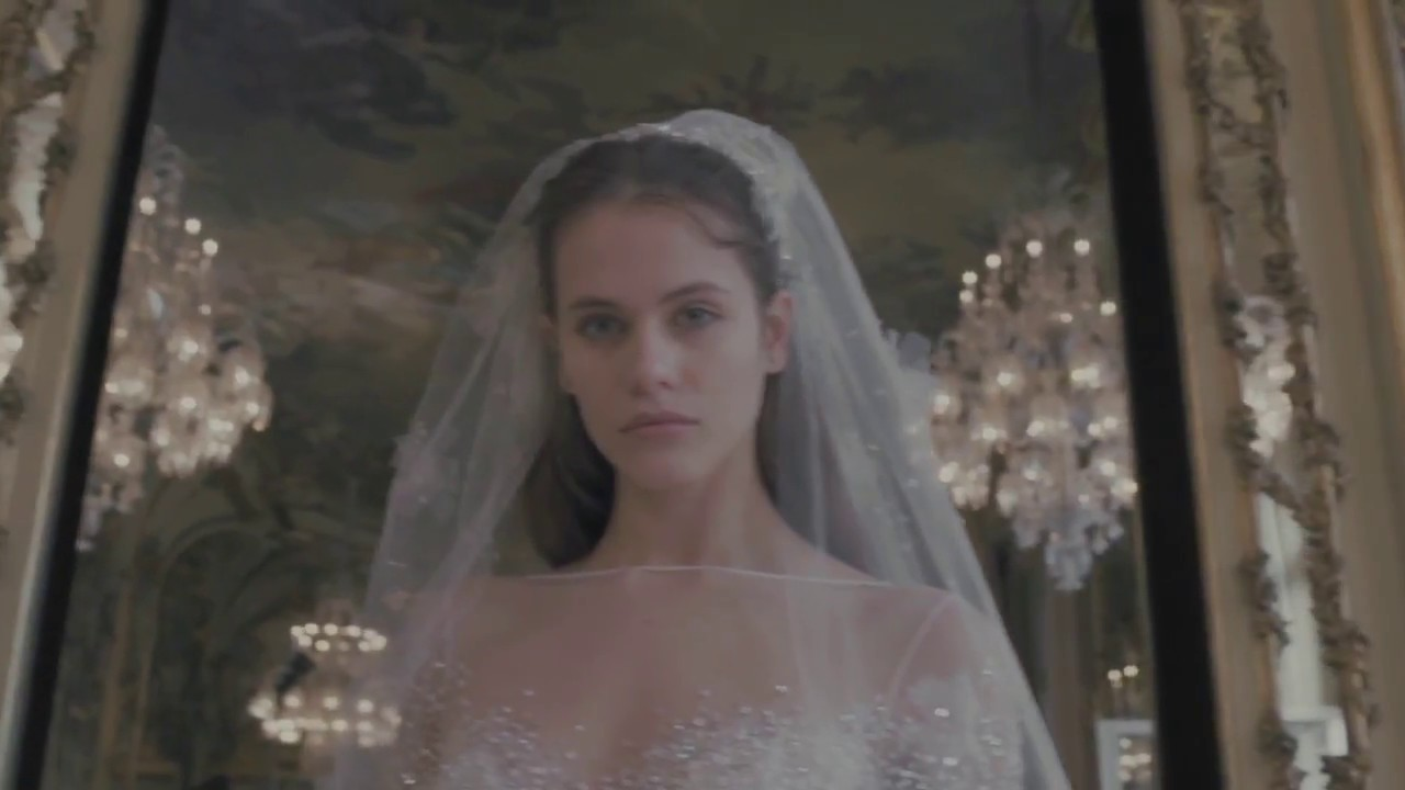 e87176ff350 ELIE SAAB SPRING 2019 BRIDAL COLLECTION - YouTube