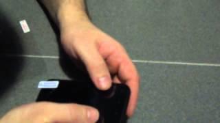 Наклейка защитной пленки на исцарапанный, разбитый экран телефона. Неожиданный эффект(, 2014-02-26T21:07:47.000Z)