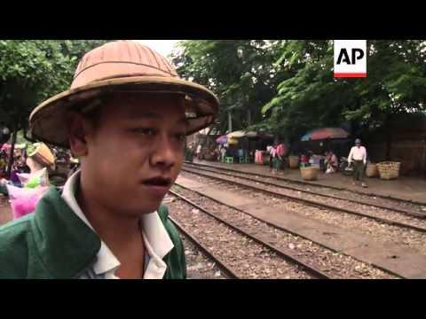 See the sights of Myanmar on the Yangon Circular Railway