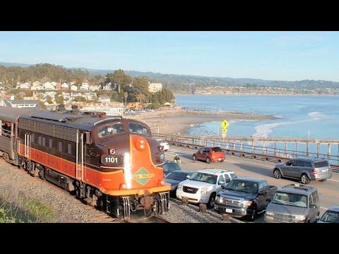 Streamliners by the Sea: Santa Cruz Polar Express