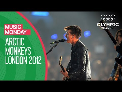 Download Youtube: I Bet You Look Good on the Dancefloor - Arctic Monkeys live @London 2012 | Music Monday