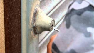 How secure are roller shutters.wmv