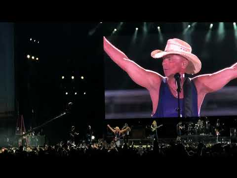 "Kenny Chesney ""Get Along""4K First live performance 2018 Raymond James Stadium"
