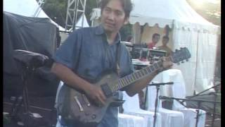 Video Cintailah Cinta Dewa 19 Cover By Audys Papua Band download MP3, 3GP, MP4, WEBM, AVI, FLV Agustus 2017