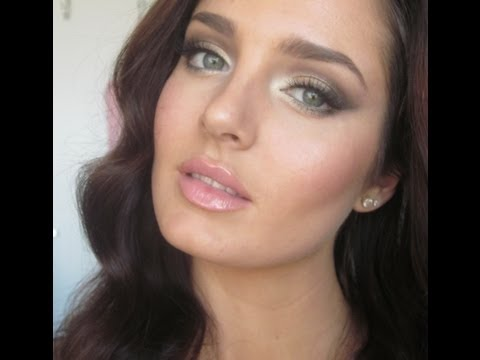 Adriana Lima Victoria's Secret Angel Makeup Tutorial!
