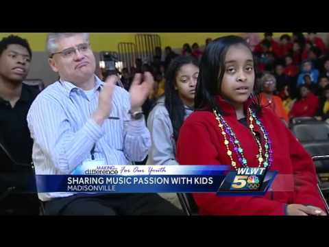 Professional and amateur musicians team up at Schroder Paideia High School