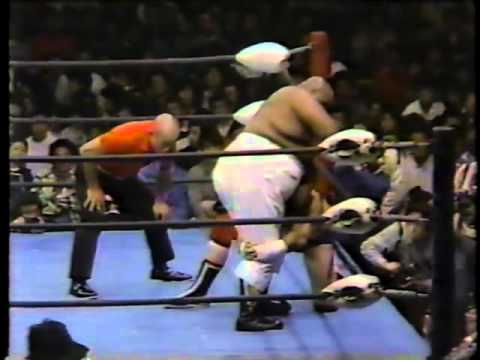 Terry Funk vs. Abdullah the Butcher (12/02/1980)