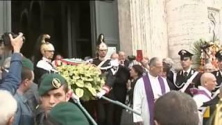 L'ultimo addio al divo Giulio molti ex Dc ai funerali privati