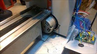 защита мотора настольного токарного станка от стружки