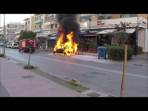 Сегодня сгорел Мерседес на Крите Mercedes burned out in Crete today