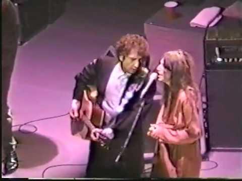 Bob Dylan & Patti Smith - Dark Eyes (1995) Live N.Y.