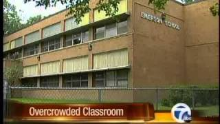 Overcrowded classrooms in DPS