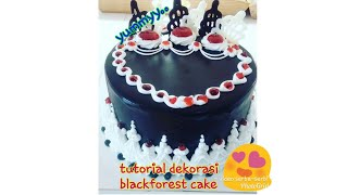 Download Video Tutorial dekorasi cake ll cara dekorasi blackforest cake ll teknik siram pada cake MP3 3GP MP4