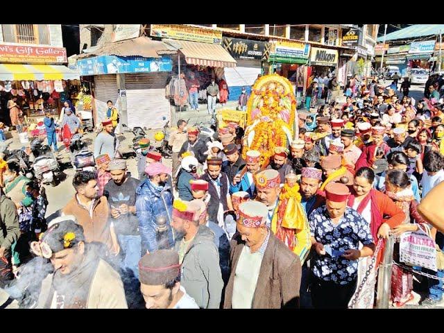 कुल्लू रवाना हुई राज परिवार की दादी देवी हिडिंबा, रथयात्रा राजमहल पहुंचते ही शुरू होगा कुल्लू दशहरा.