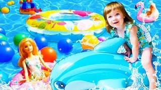 Бьянка в бассейне - Новая серия Привет, Бьянки в приложении Капуки Кануки
