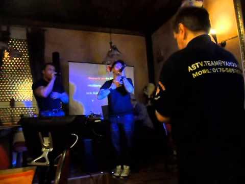 Dany Schöner bei der  Karaoke im PKH