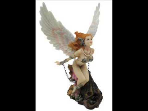 This Gorgeous Winged Girl Guardian - Collectible Figurine Statue Sculpture Figure