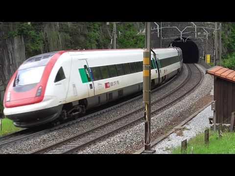 Derniers trains à Wassen sur la ligne sommitale du Gothard