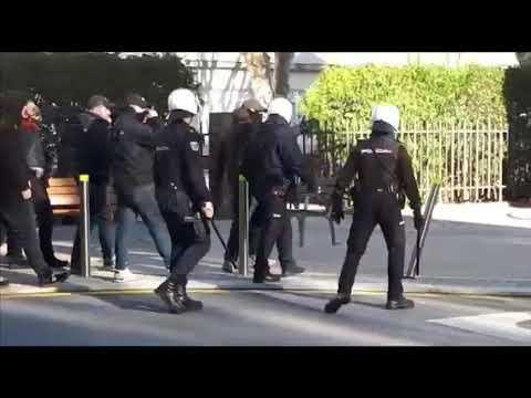La Policía disuelve un altercado antes del encuentro entre el Pontevedra y el Rácing de Ferrol