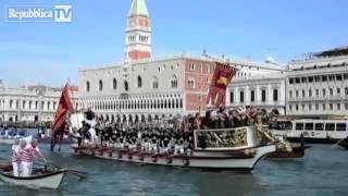 A Venezia lo