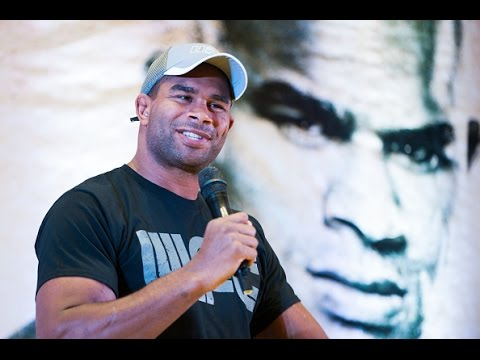 Fight Night Adelaide: Q&A with Alistair Overeem, Jessica Eye, and Michael Chiesa