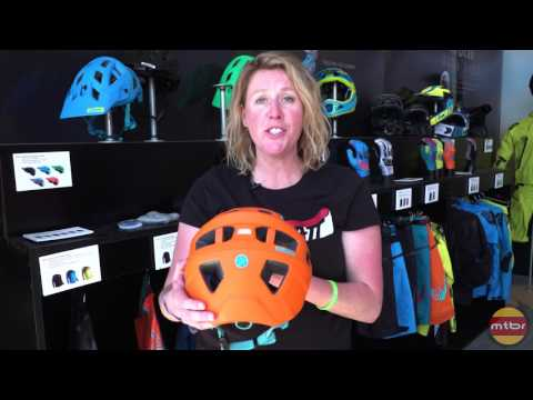 First look at the Leatt DBX 3.0 All Mountain helmet