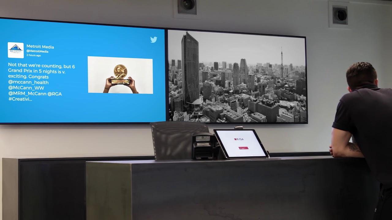 Digital Signage Twitter app on ScreenCloud