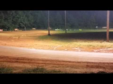 Race at Dawgwood Speedway