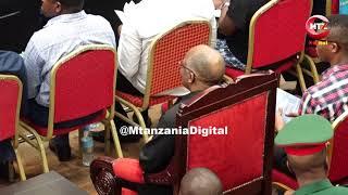 ALICHOKISEMA PROF MKUMBO KWENYE MDAHALO WA HALI YA UCHUMI, SIASA TANZANIA