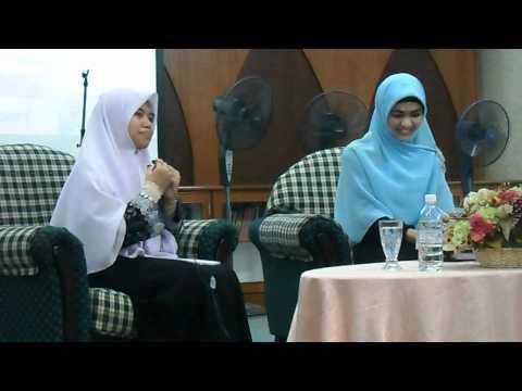 2012-06-10 Oki Setiana Dewi at UKM Masjid 20Rejab1433Sun 001.avi