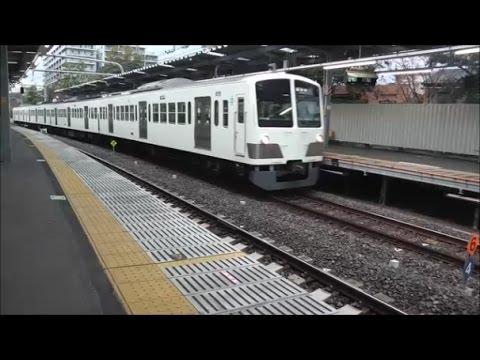 萩山駅に到着する西武国分寺線の上り電車