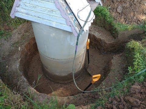 Водоснабжение из колодца. Ввод воды в дом. Часть 1. Ремонт колодца, глиняный замок