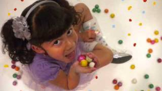 Download Awesome 5 year old rapping alll about her bubble gum!!! MP3 song and Music Video