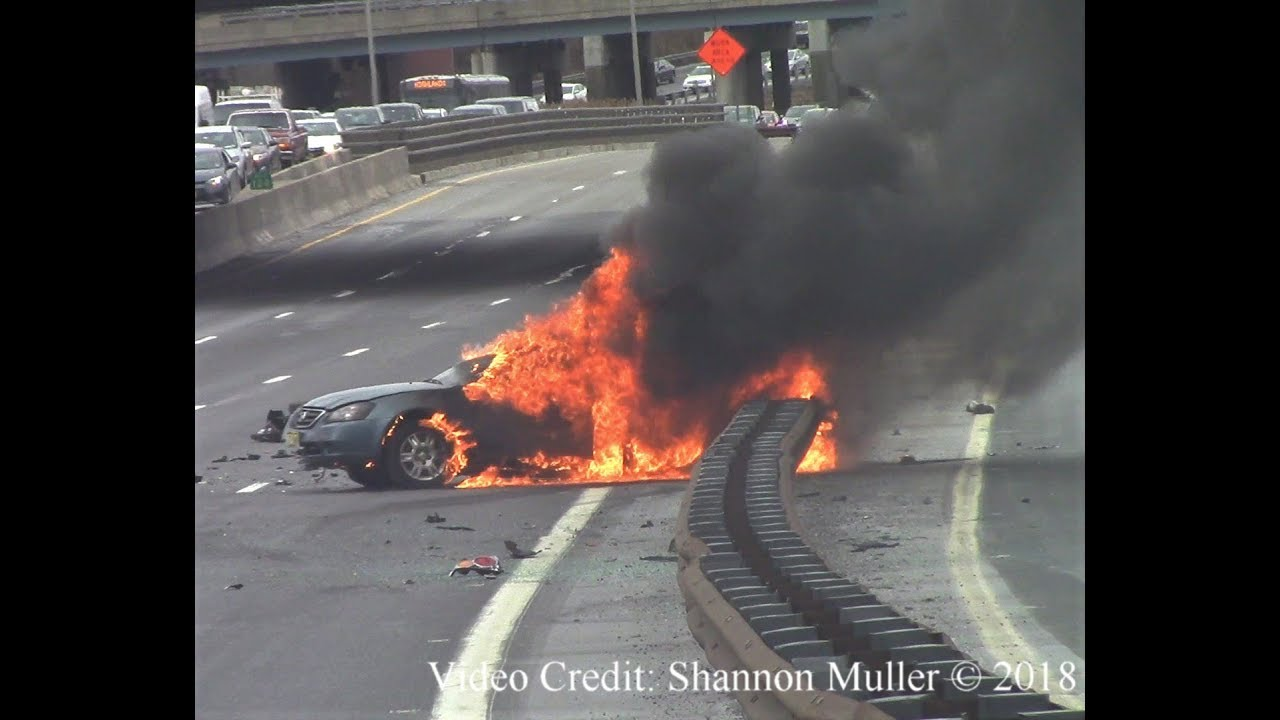 Woodbridge nj accident with car fire garden state parkway - Car accident garden state parkway ...