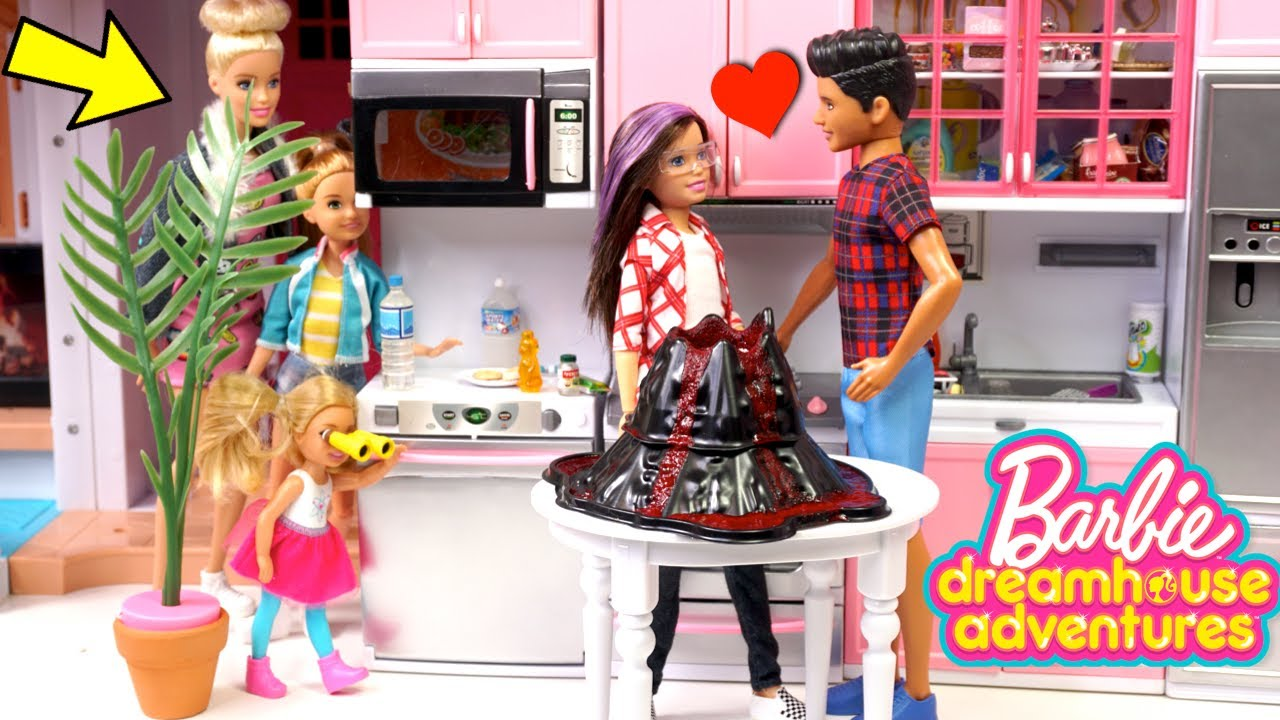 Barbie Dreamhouse Science Experiment & Sister Spies!