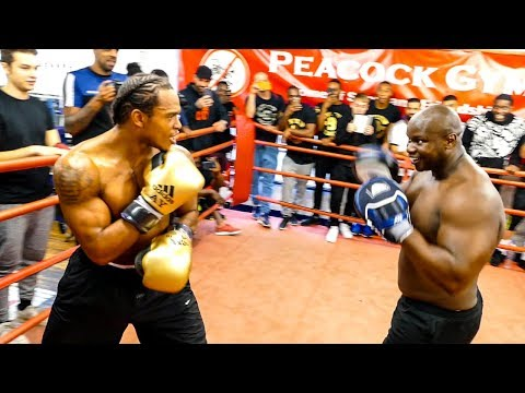 LION IN THE CAMP Anthony Yarde dazzles | Frank Warren workout