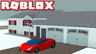 Living in Greenville Beta in Roblox!!