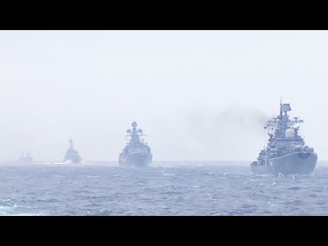 Russian & Chinese Navy wrap up Joint Sea 2015 drills with parade