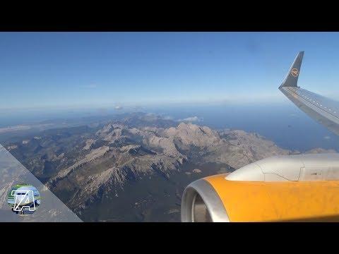 Thomas Cook 757-300 landing at Palma De Mallorca Airport