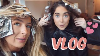 DYING OUR HAIR! | VLOG! | Sophia and Cinzia
