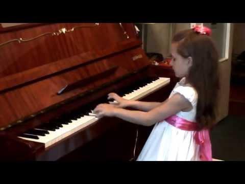 Фиксики на пианино. Лиза, 7 лет.