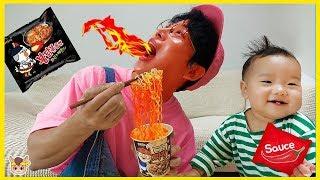뽀로로 짜장면 안에 불닭볶음면 소스가? 주방놀이 요리놀이 장난감 놀이 Pororo Black Noodle pretend play for kids toys