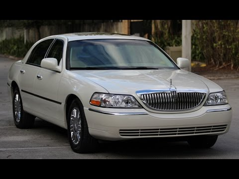 Lincoln Town Car Designer Series Walk Around Youtube