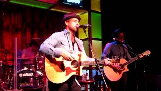 The Airborne Toxic Event - Atlantic City 7/24 - Pursuit of Happiness (cover)