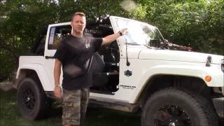 Removing a Jeep Wrangler Unlimited Hardtop: Alone.