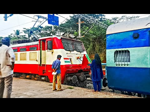 Indian Railways Old-school WAP1 Locomotive Coupling With Train!