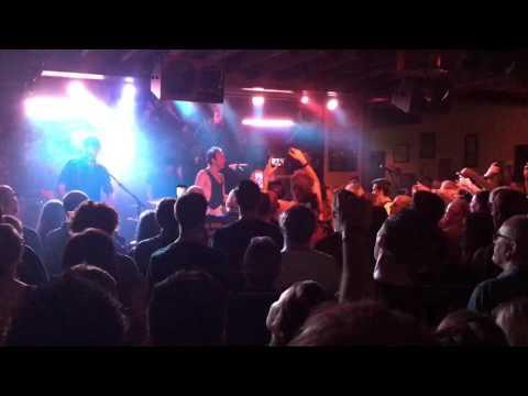 Glasvegas- Geraldine - PJ Molloys, Dunfermline 27/05/17