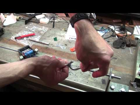 How to make compound bow strings and cables
